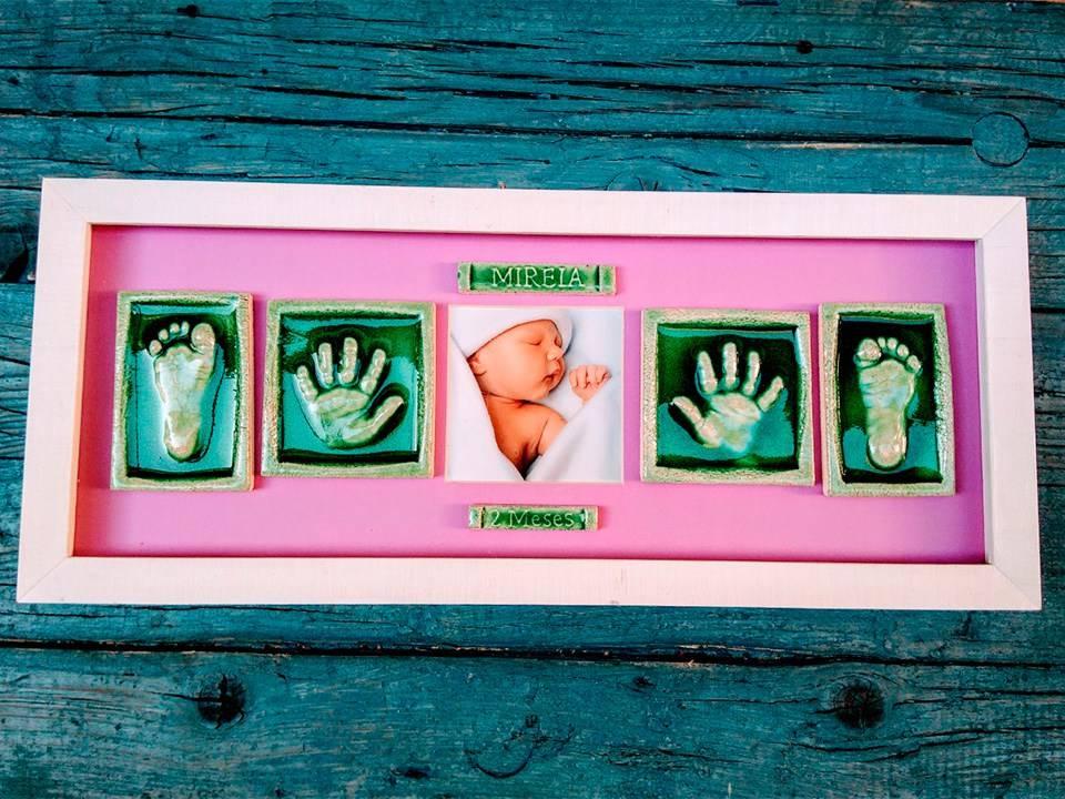 Las huellas de las manos y pies de tu bebé en cerámica