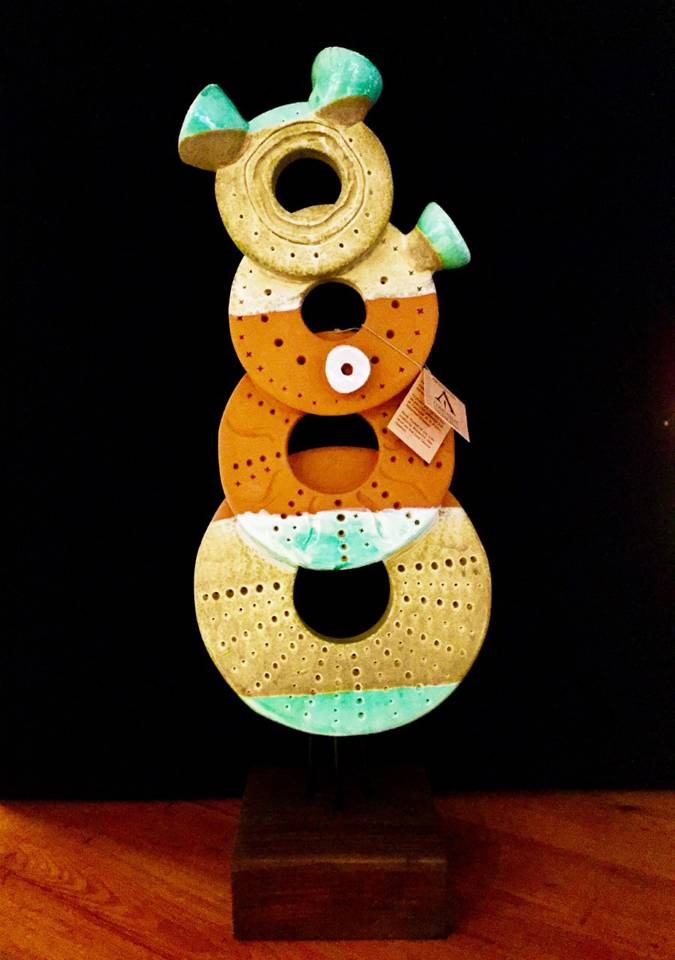 Escultura cer mica decoraci n tienda regalos originales for Regalos originales decoracion